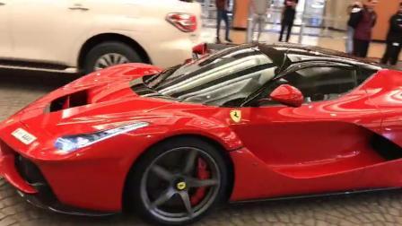 迪拜地下停车场拉法