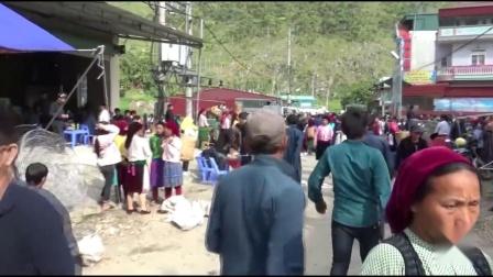 中国人在越南,实拍越南山区小镇集市,看看越南女人怎么做生意?