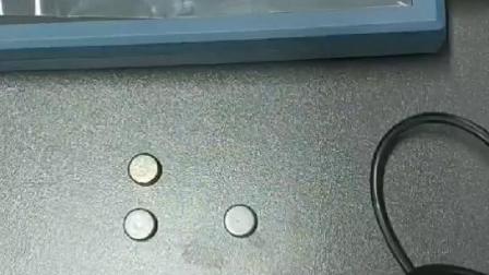 覆层测厚仪测量直径10MM小工件