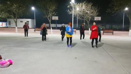 姐妹练习花絮,广场舞38度6