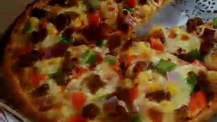 西班牙海鲜牛肉披萨