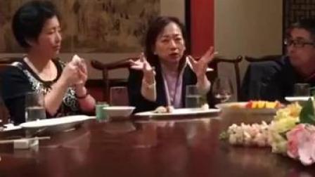 婕斯产品究竟好不好,要看什么人在使用!济南一位投资项目70多亿的老总,和三钻饭局是看到沛泉小紫袋之后马上加盟,因为他在台湾亲眼看到郭台铭和王永庆的儿子都在吃