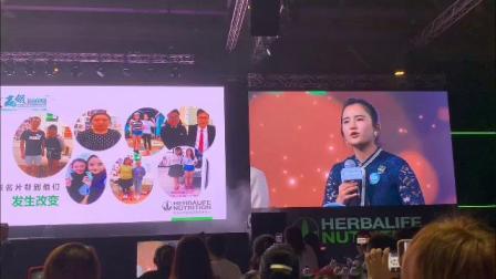 励志!99年出生的亚洲攀岩冠军追随妈妈的创业脚步