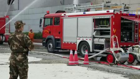 HUSQVARNA遥控破拆机器人在消防演习中拆除商场墙体