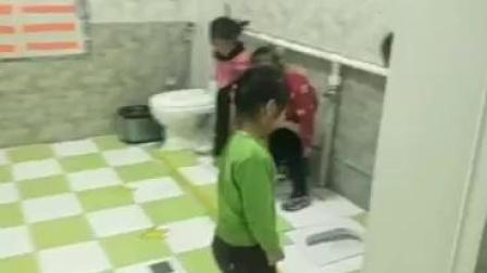白云区民族幼儿园如厕