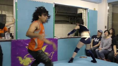 Gatoh Move2018年6月8日、市ヶ谷チョコレート広場大会より、里歩&紺乃美鶴vs駿河メイ&バリヤンアッキのタッグマッチ