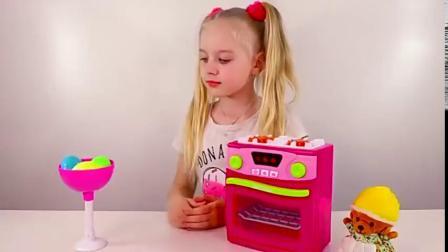 国外萌娃用玩具烤箱做蛋糕,益智动画英语早教