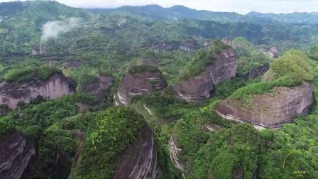 航拍:广西桂林八角寨风光,领略大自然的鬼斧