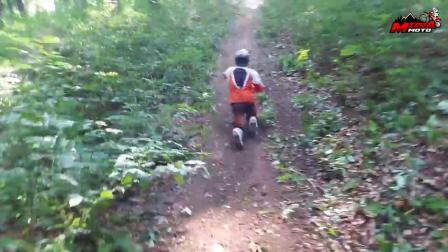Rippin' 2 stroke like your buddies