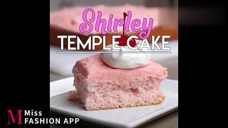 「Soyummy」草莓奶油慕斯蛋糕,松软到一刀流畅切下