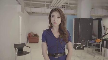 韩国美女近景室内拍摄,这样的女警喜欢吗