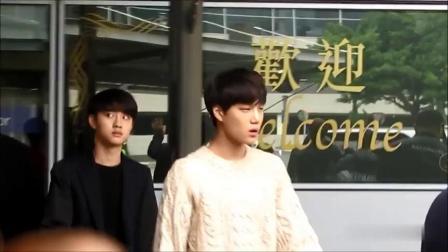 粉丝在机场偶遇EXO 都暻秀颜值让人瞩目