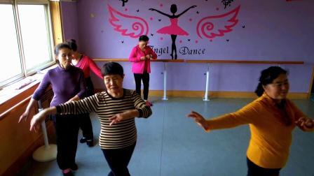 济南历下区七色光舞蹈学校《苗女欢歌》中国舞班期末练舞2018-11-28