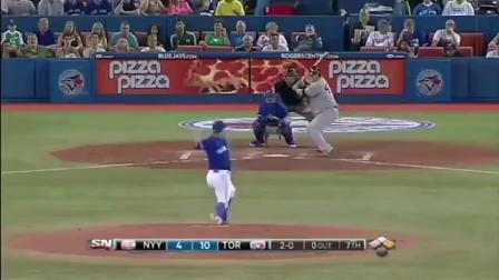棒球赛场上的男人,出奇的截断全垒打