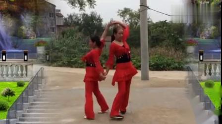 双人舞《喜乐年华》动作简单好看俩美女配合黙契