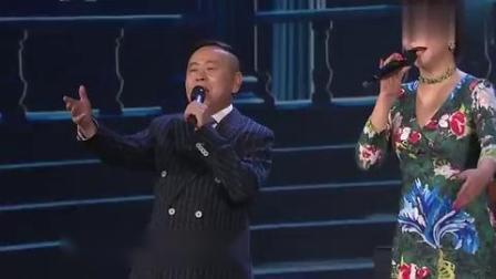 蔡明潘长江不演小品深情合唱,原来他们的歌声