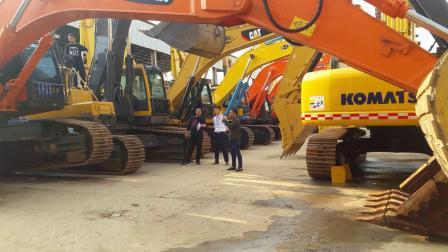 老司机上海昆山金诚二手挖掘机市场试机原装进口斗山DX350二手挖掘机