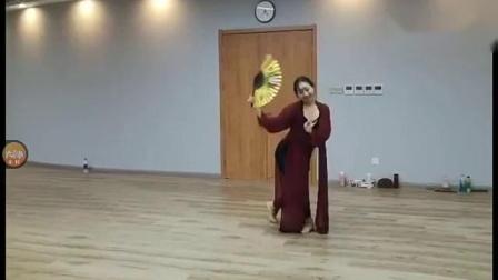 周雨奇古典舞粉墨正面完整视频展示