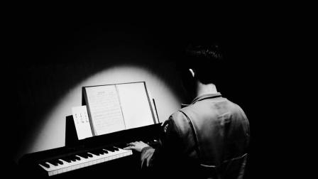 钢琴弹奏《风居住的街道》(纯音乐)