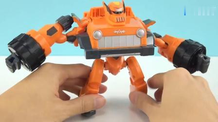 《橙子乐园在日本玩具》机器人的头出现后 哇 看起来好酷啊