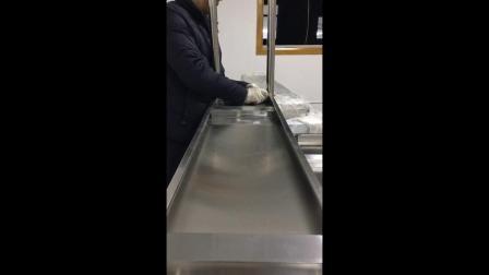 (新)切配打包台安装-慕玛披萨