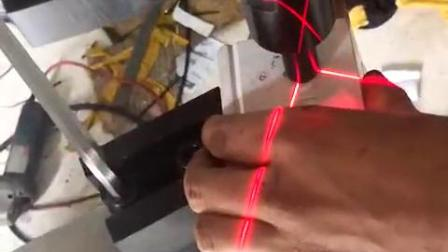贝瑞克机械电控柜无铆钉铆接机