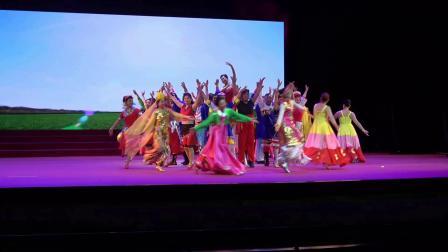 23.舞蹈(爱我中华)表演者:郑州红月亮艺术团