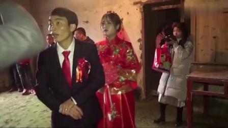江西赣州农村一姑娘出嫁,谁配的这首歌,我听