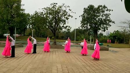 柳州市柳江区广场舞《第一辅导站》自编自跳的(柔情中三)