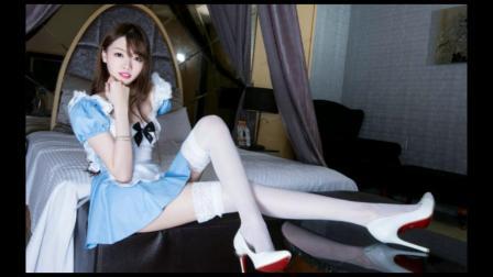 女仆白色美腿性感迷人写真