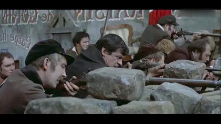 民兵和正规军打巷战,正规军调来大炮清剿