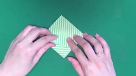 儿童折纸冬日装饰,简单手工折纸制作一棵冬天的杉树圣诞树