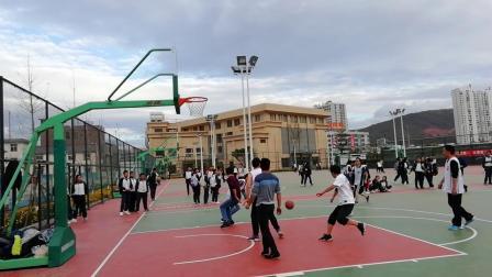 2018年12月14日满江中学男教师篮球友谊赛片段