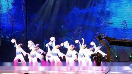 东莞市大朗童彩艺术培训中心参加全国少儿星光大道表演节目《月愿》