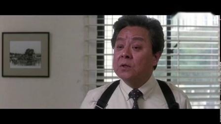 痞子在警察局闹事,陈家驹一拳打去,画面搞笑
