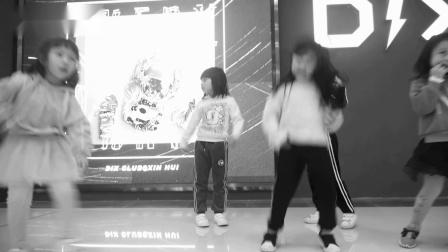 EA7(E.5舞蹈工作室)