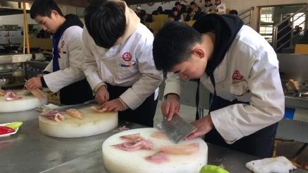 哪有厨师培训班_郑州交通技师学院