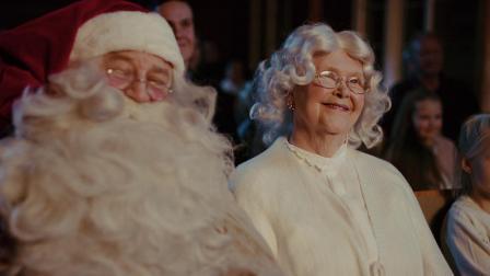 这个圣诞节,我们和圣诞奶奶一起过