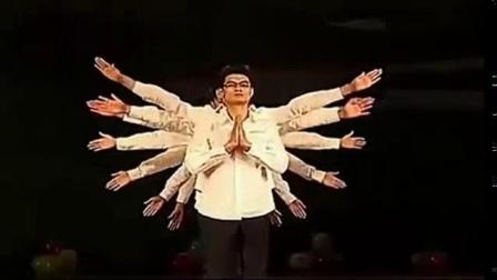 我在年会创意节目 史上最为搞笑的舞蹈演出截了