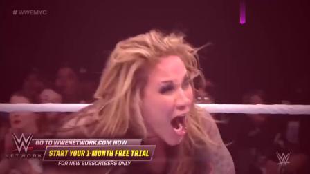 WWE精彩回顾:红衣服女子太猛了,实力暴打蓝衣女子,场面太激烈