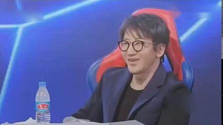 玖月奇迹王小玮双排键演绎《铁血丹心》,音乐一响惊艳全场,好听