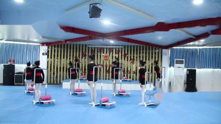 东方芭蕾全国联盟机构《10-14岁家庭基训》