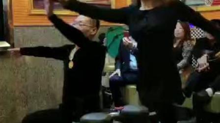 阳光老师的伦巴舞