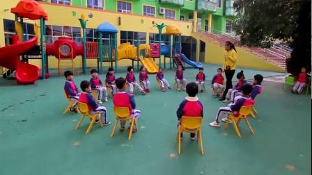 中国宝宝课:武陟县和平幼儿园体育游戏《小小飞行员》