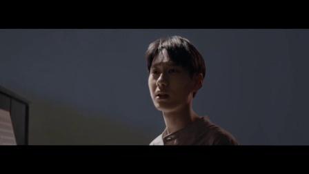 薛之谦《违背的青春》MV一发布,就迅速攻占各大音乐软件排行榜榜首