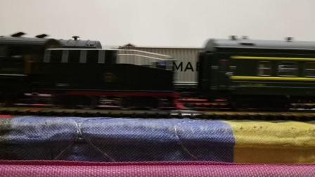 货列避让蒸汽小票车