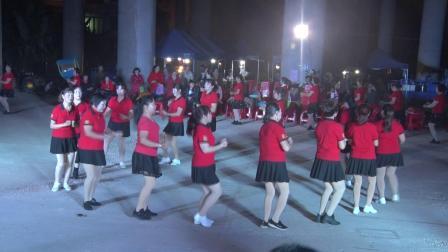 《兔子舞》2018上坡坡广场舞联欢晚会