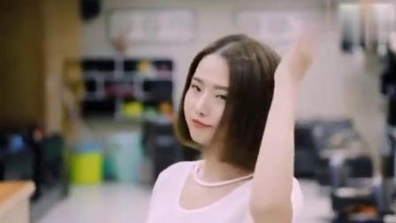 韩国首席女发型师,分享一款实用短发修剪技术教程!