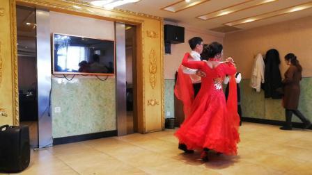 炫舞人生群迎新年聚会演出舞蹈视频之(雨出无尘&缘梦)