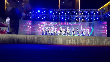 琼文中学表演的舞蹈节目《月亮山》在2018年文昌市中学生文艺展演活动中,荣获一等奖。